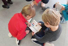 Le Maire offre aux écoliers du CP  leur 1er Dico